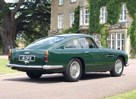 نماي اتومبيل استون مارتين  DB4- GT-1959