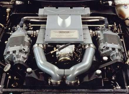 نماي سيستم موتور اتومبيل استون مارتين- Vantage -1992 V8-