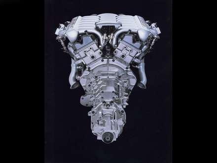 اتومبيل استون مارتين DB7-Vantage-2000