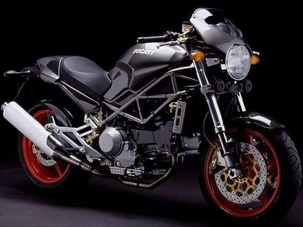 موتور سيکلت دوکاتي مشکي مدل M900S4
