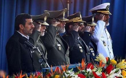 رژه بزرگ نیروهای مسلح با حضور رئیسجمهور