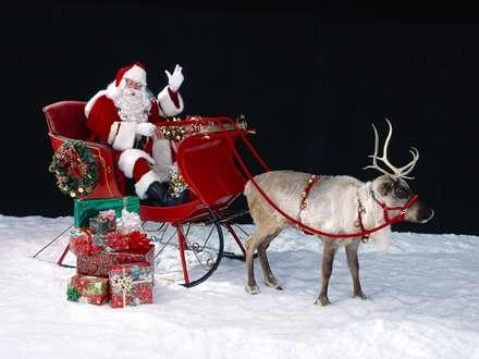 بابانوئل با هدایای رنگارنگ
