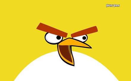 تصوير يك پرنده زرد در بازي پرندگان عصباني (angry birds)