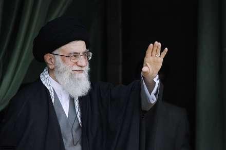 ای رهبر فرزانه،«سید علی»ای مولا/در جبــهه جنگ نرم، افسـر توییم آقا