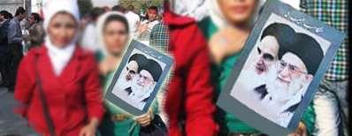 انتقاد رهبر از برخورد با زنان بدحجاب