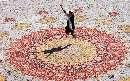 رونمایی از سومین فرش بزرگ دنیا