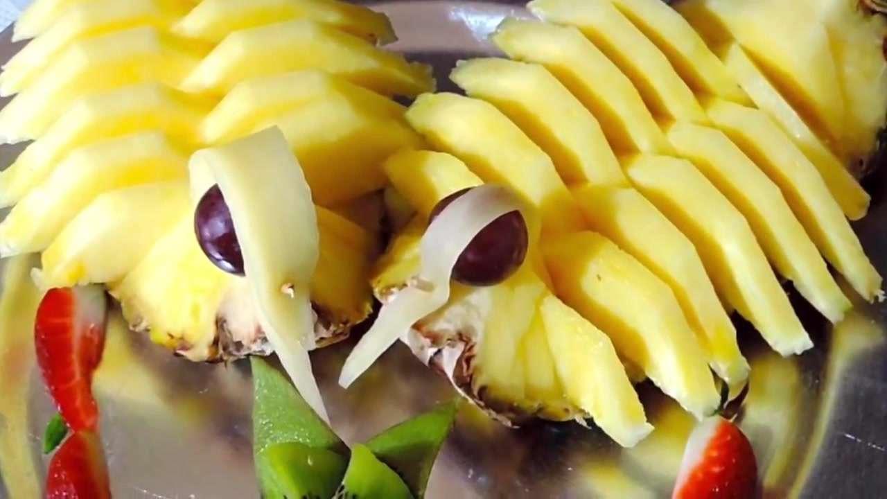 стоит отметить, оформление ананаса к праздничному столу фото начала писать доске