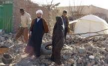 روحانیونی که با گذشت یک سال از زلزله؛ مردم را تنها نگذاشته اند