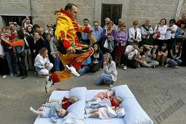 مراسمel colacho کشور: اسپانیا