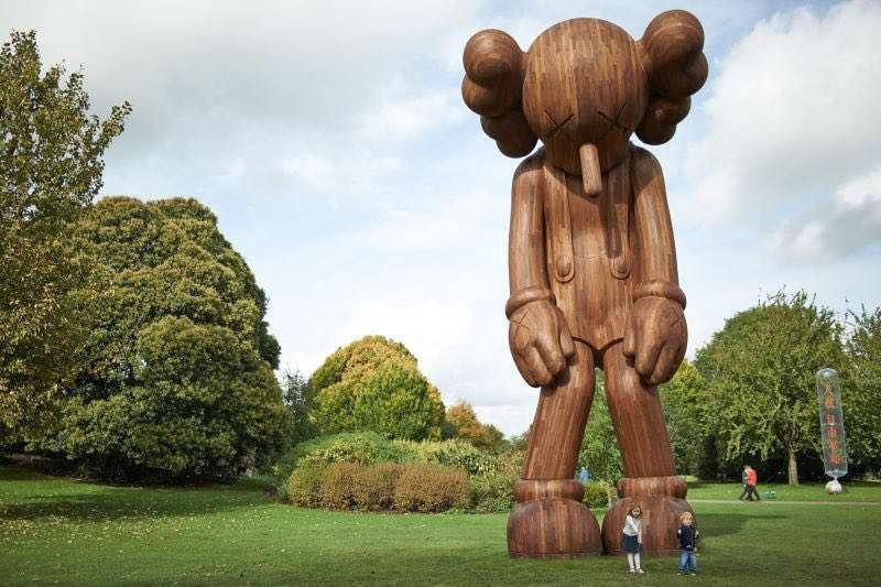 مجسمه چوبی پینوکیو در پارکی در پروجای ایتالیا