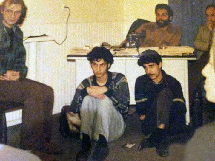 تیپ متفاوت مهران مدیری به همراه دوستانش، ارژنگ امیرفضلی و امیر غفار منش در سالهای دور