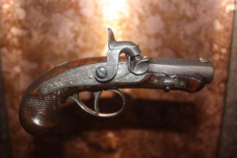 گرانترین تفنگ جهان (Lincoln's Killer)