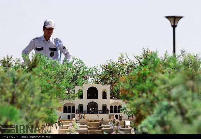 اولین بوستان مینیاتوری مشهد هفته پیش افتتاح شد. مساحتش هشت هکتاره و در منطقه الهیه مشهد واقع شده