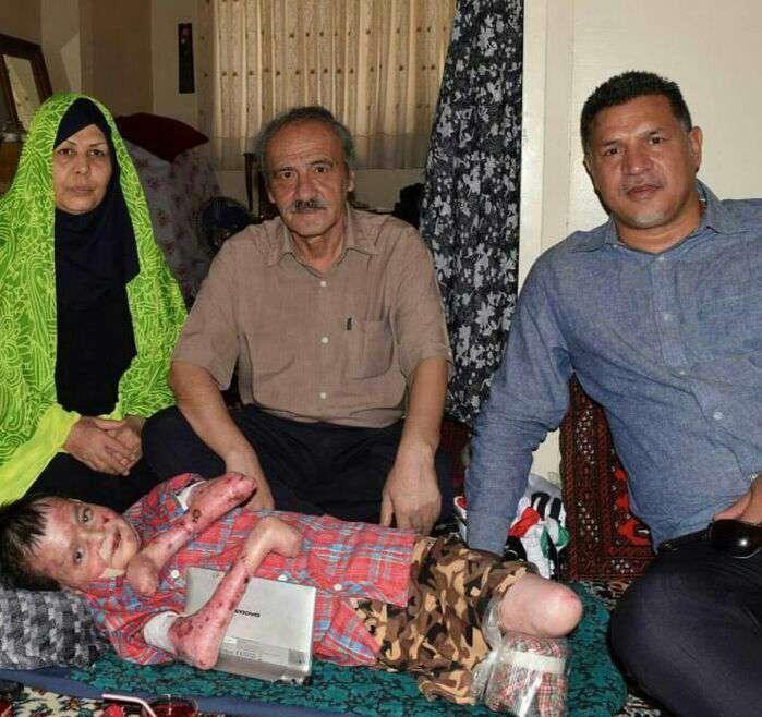 علی دایی در حرکتی خداپسندانه به ملاقات کودک بیماری رفت که آرزوی دیدن او را داشت