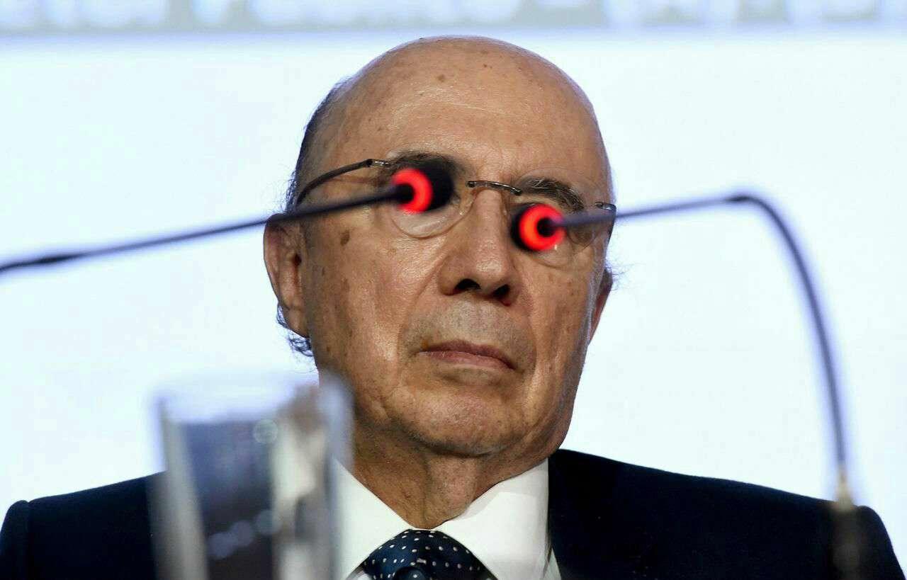 عکسی خاص از «انریکه میرلس» وزیر اقتصاد دولت موقت برزیل در نشست