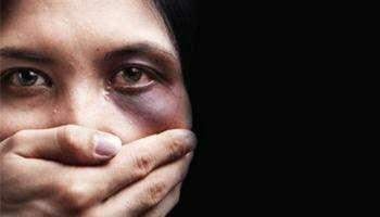 تلویزیون ملی عربستان فیلم آموزشی «زدن زنان» را پخش کرده است!