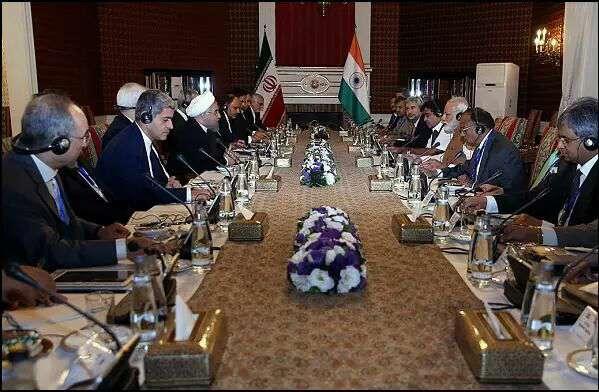 با حضور روحانی و نخست وزیر هند
