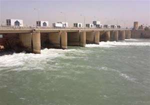 نیروهای پلیس فدرال عراق موفق شدند سد فلوجه در جنوب این شهر را آزاد کنند