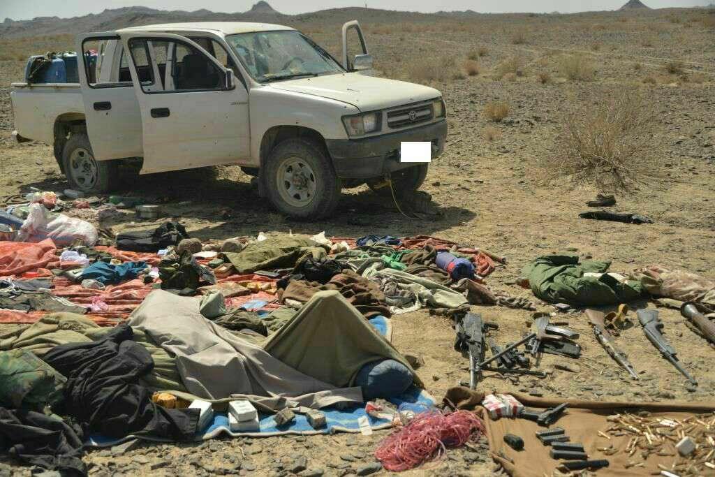 خودرو و لوازم بجا مانده ازاعضای گروهک تروریستی جیشالظلم
