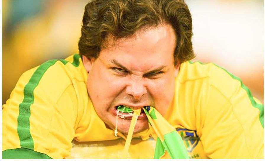 واکنش عجیب یکی از هواداران برزیلی پس از شکست مقابل پرو و حذف این تیم از رقابتهای کوپا آمریکا