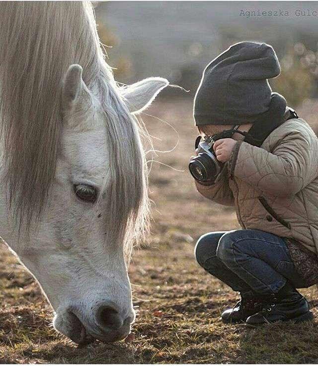 کودک عکاس