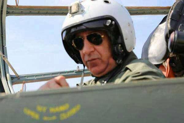 وزیر دفاع عراق شخصا با اف.16 به مواضع داعش حمله کرد