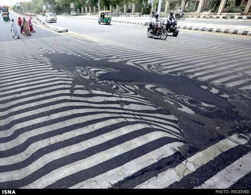گرمای هوا خیابانهای هند را ذوب کرد!