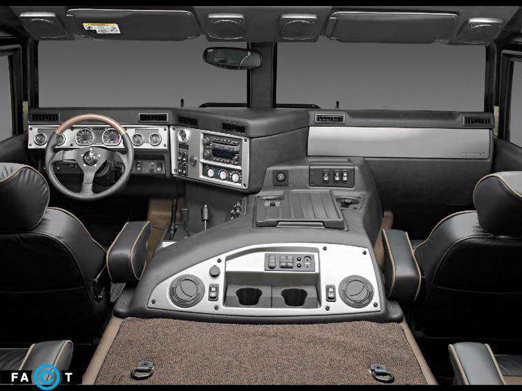 داخل خودروی هامر H1
