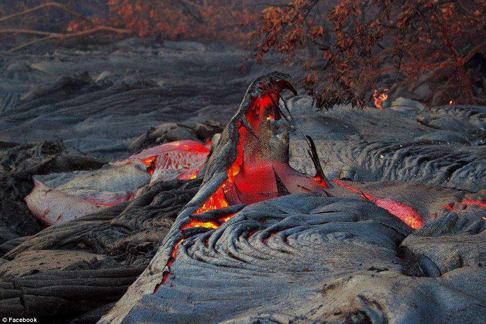 دهان اژدها, عکاسی در هاوایی عکسی کمیاب و زیبا از یکی از آتشفشان های فصلی این منطقه گرفته است
