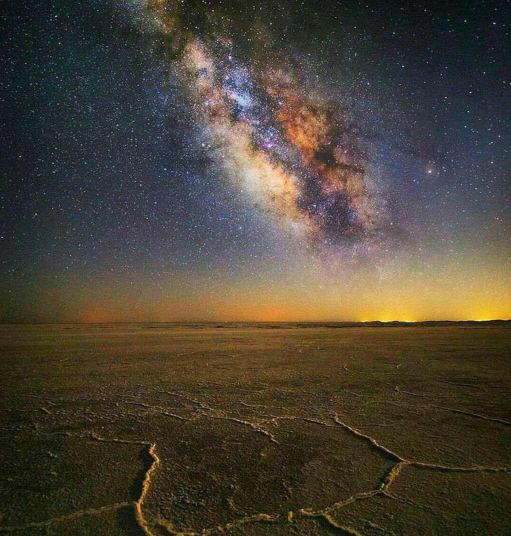 نمایی زیبا از کهکشان راه شیری- کویر خارا در اصفهان