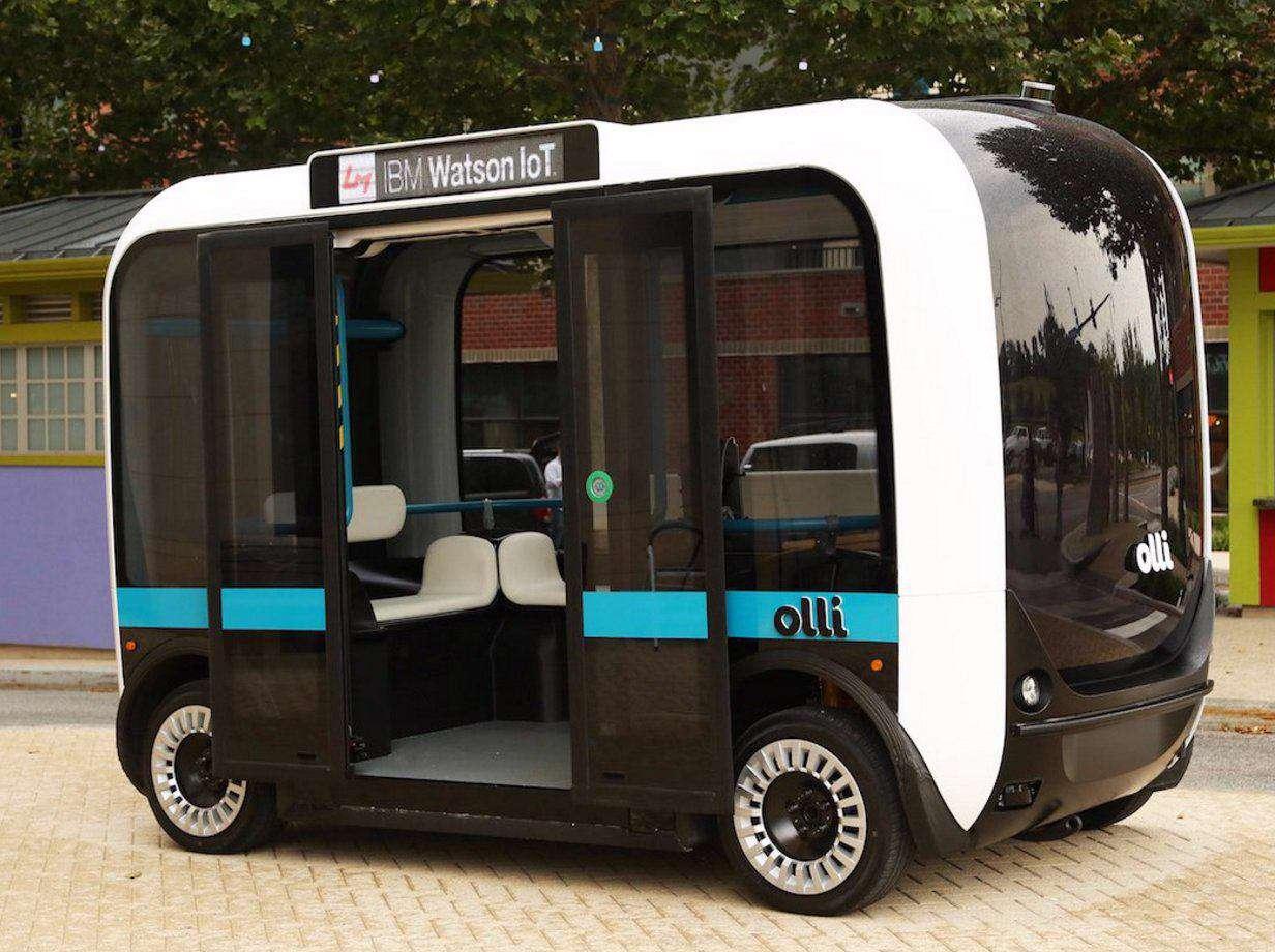 اولین اتوبوس الکتریکی هوشمند و بدون راننده باظرفیت ۱۲نفر، یک وسیله حمل ونقل سبز و پایدار است