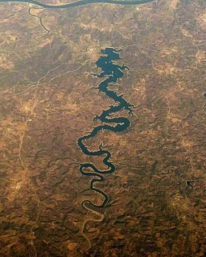 رودخانه اژدها آبی