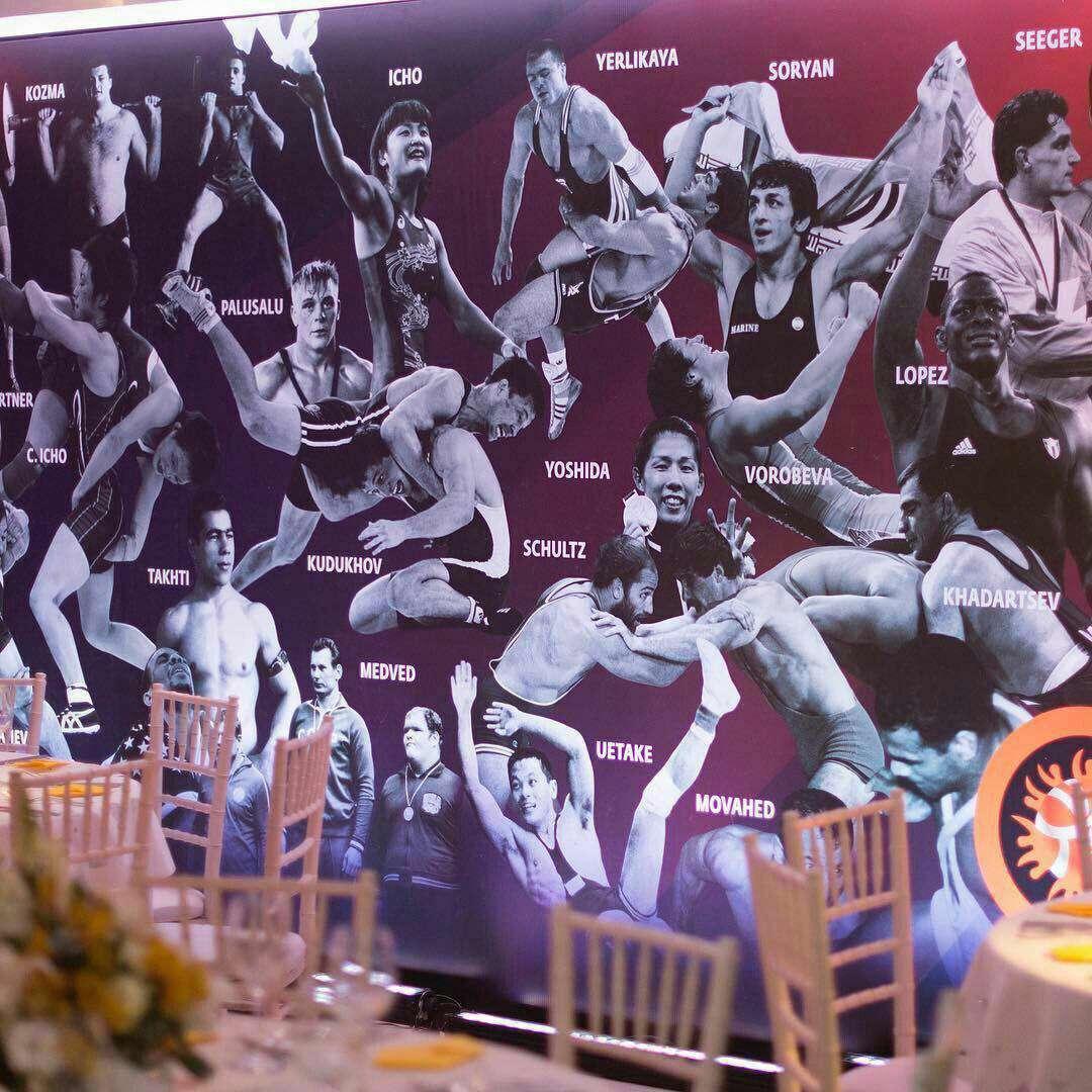 جهان پهلوان تختی و سوریان در المپیک ریو!  تصویر جهان پهلوان تختی، عبدالله موحد (پایین سمت راست) و حمید سوریان/ تالار افتخارات کشتی در شهر ریودوژانیرو
