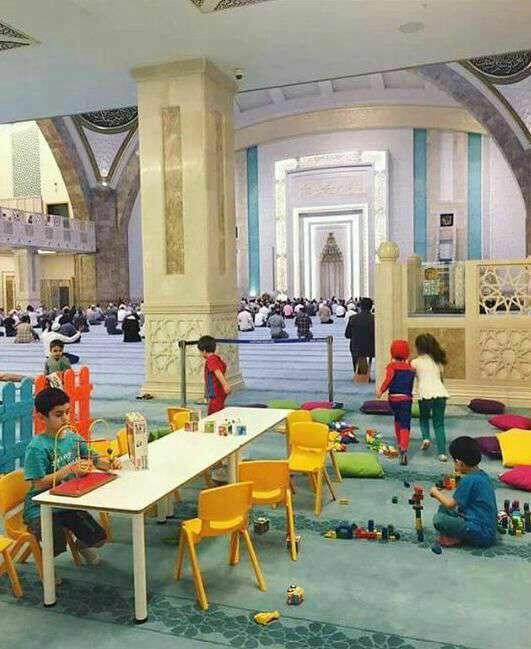 ابتکار زیبای یک مسجد برای جذب کودکان