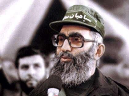 تصويری از رهبر انقلاب در دوران دفاع مقدس