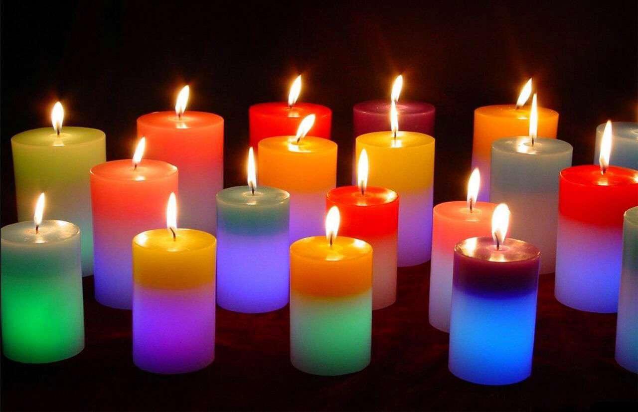 شمع های رنگارنگ