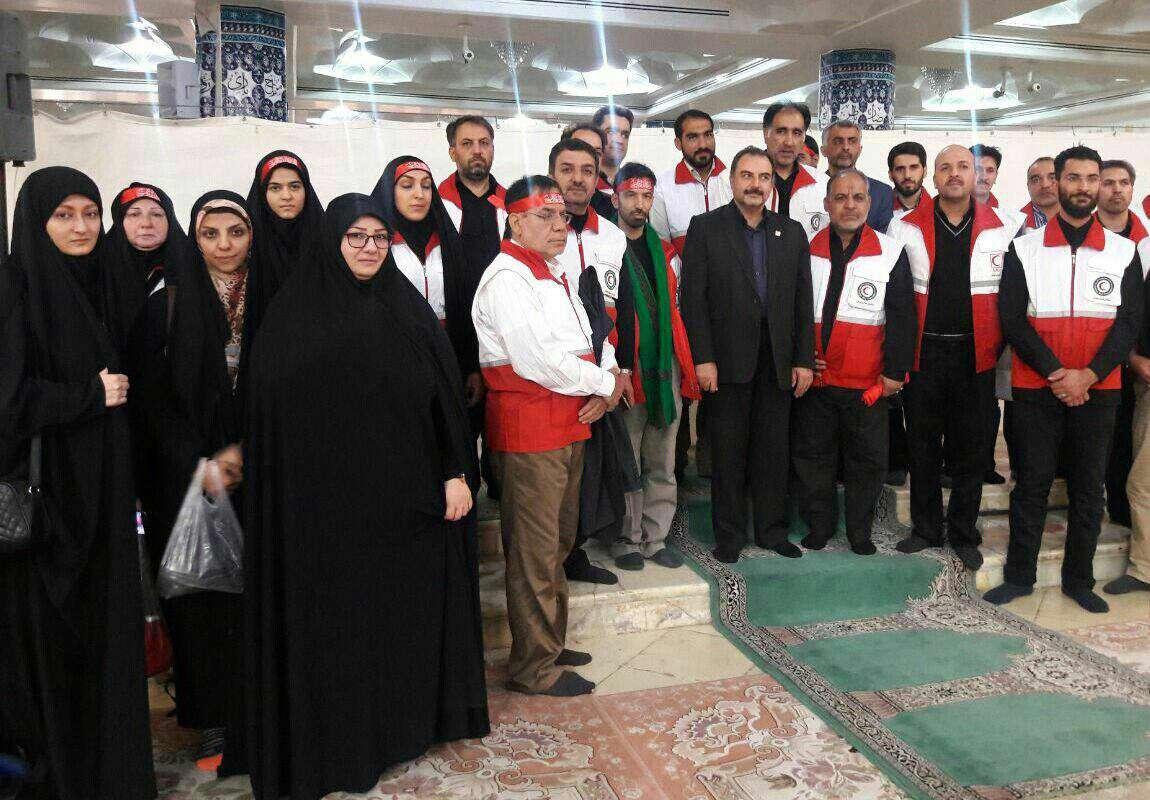 اعزام کادر درمانی هلال احمر قم برای استقرار در موکب حضرت معصومه(س) در عمود ۱۰۸۰