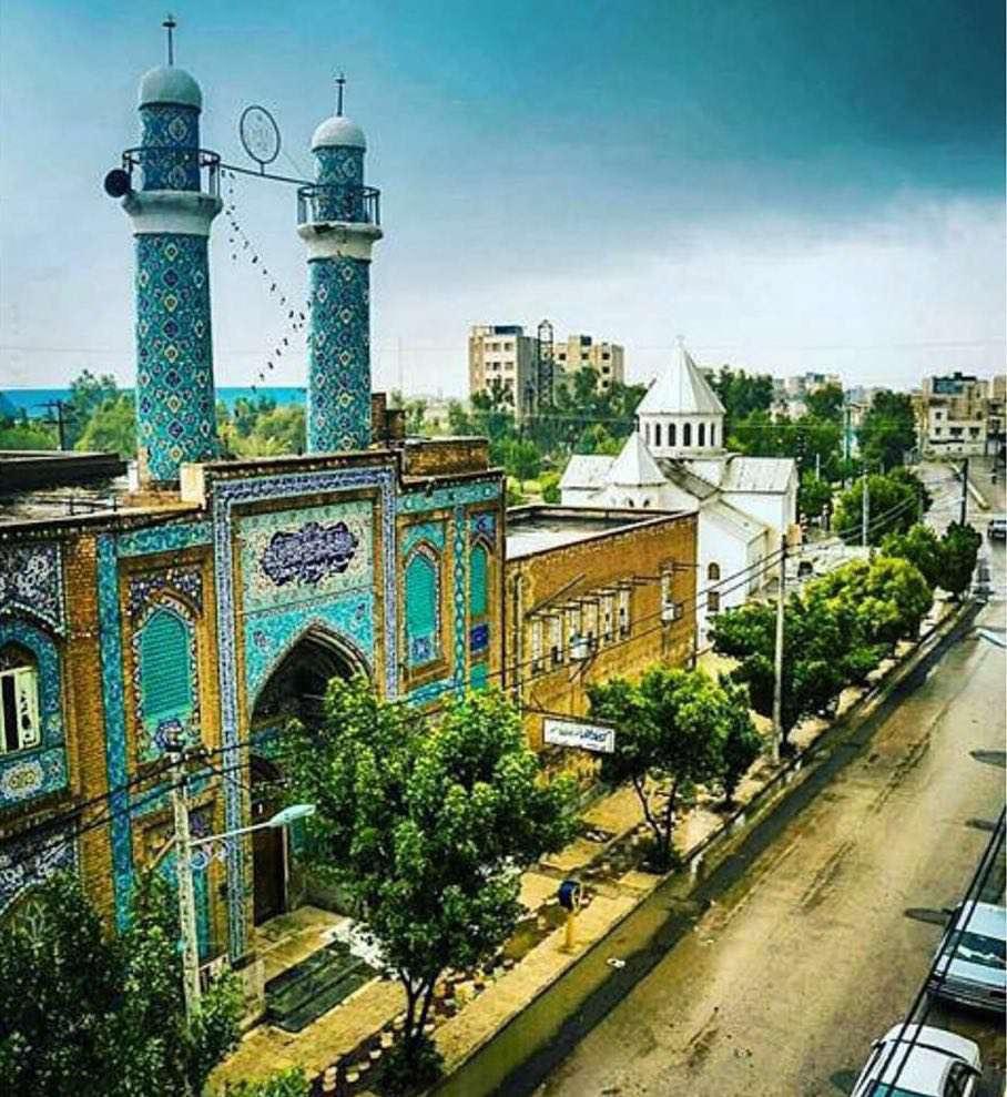 آبادان؛ تنها شهرى در جهان که مسجد و کلیساى آن در کنار هم قرار دارند