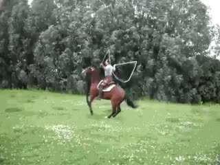 طناب بازی با اسب