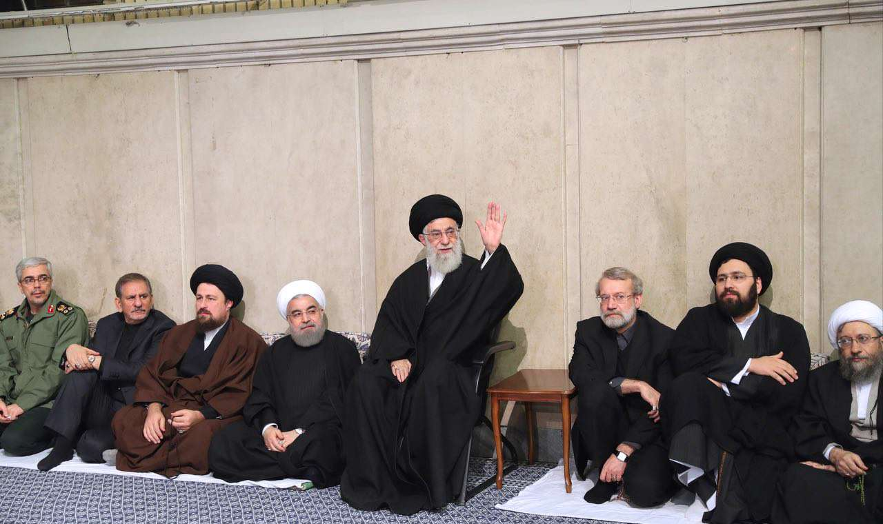 مراسم بزرگداشت حجتالاسلام والمسلمین هاشمی رفسنجانی با حضور رهبرانقلاب در حسینیه امامخمینی(ره)