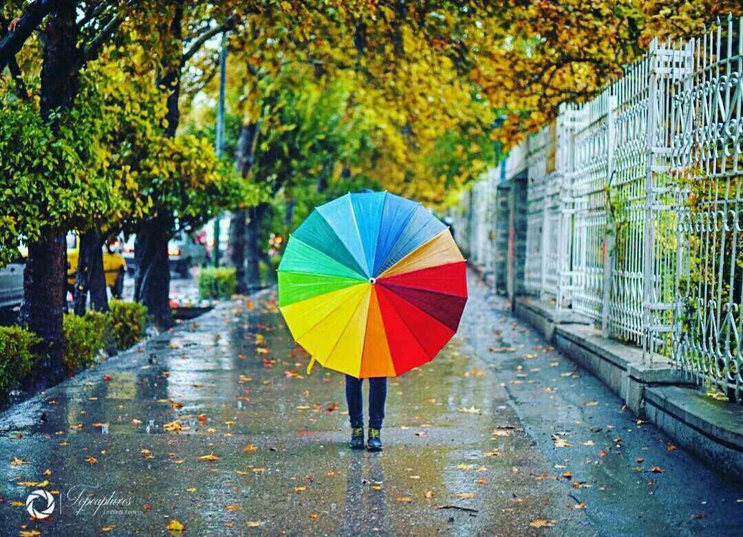 چتر رنگارنگ