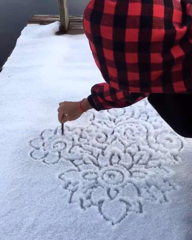 طراحی زیبا روی برف