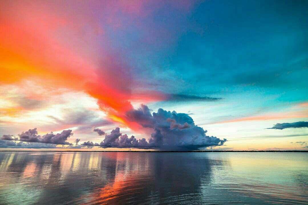 آسمان و دریا