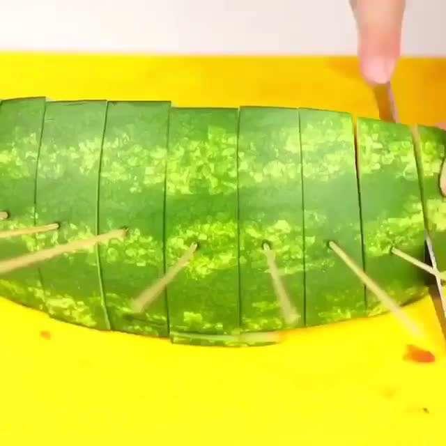 روش های مختلف سرو هندوانه