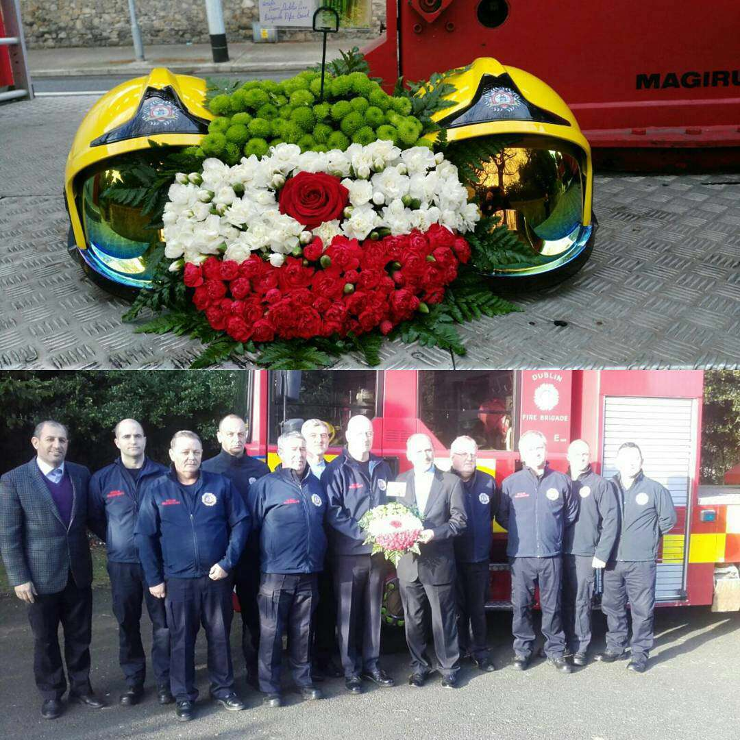 ابراز همدردی آتش نشان های شهر دوبلین ایرلند با حضور در سفارت کشورمان و اهدای یک دسته گل به شکل پرچم ایران