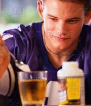 مصرف مکمل غذایی با تجویز پزشک در ورزشکاران