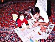 حنانه سادات میرکاظمی  و  پدرش