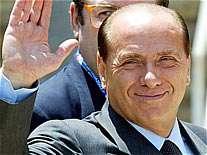 سیلویو برلوسکنی مالک باشگاه میلان و نخست وزیر سابق ایتالیا