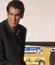 حدادی جایزه بهترین پدیده فصل را اهدا کرد
