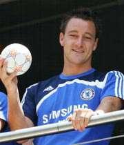 تری پر در آمد ترین بازیکن انگلیس